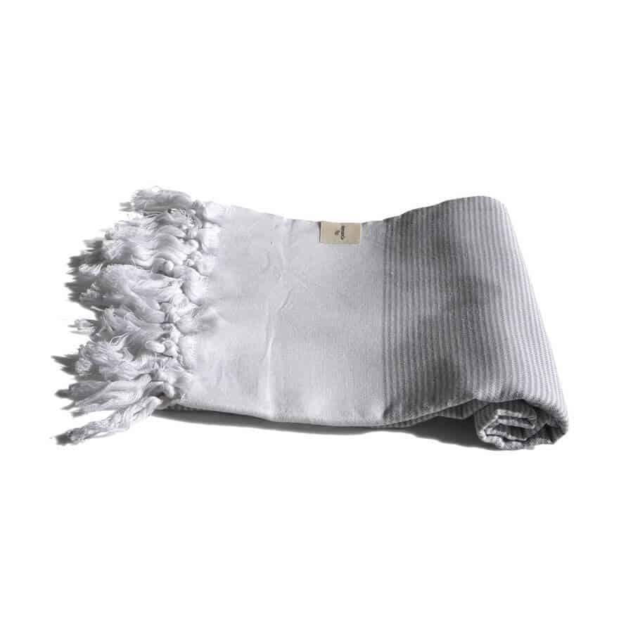 Ljusgrå handduk